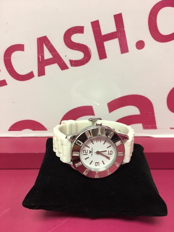 Reloj Viceroy 46670 Blanco para mujer de segunda mano. http://www.innovecash.com/relojes/reloj-viceroy-46670-blanco-para-mujer-de-segunda-mano-2882.html