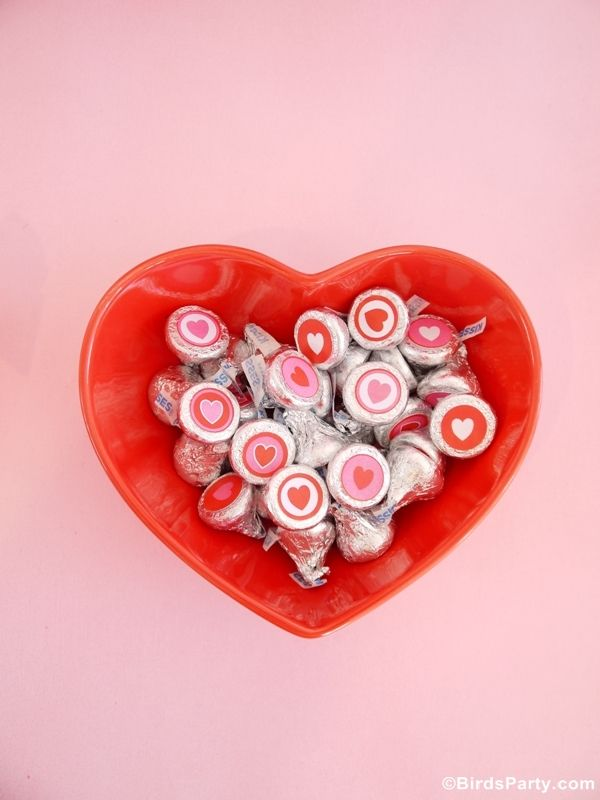 Sweet Heart Valentine's Day Desserts Table NEW Printables!! by Bird's Party