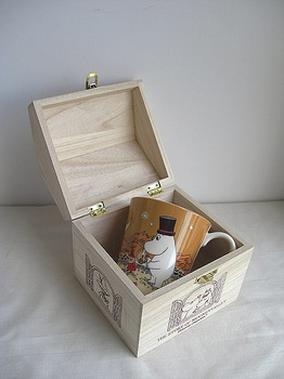 Rakuten: ♪ porcelain mug cup Mumin with wooden box of the ♪ house received again- Shopping Japanese products from Japan,10,85e