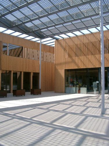 Transparent roofs: solarfassade.info - Portal for building integrated photovoltaics