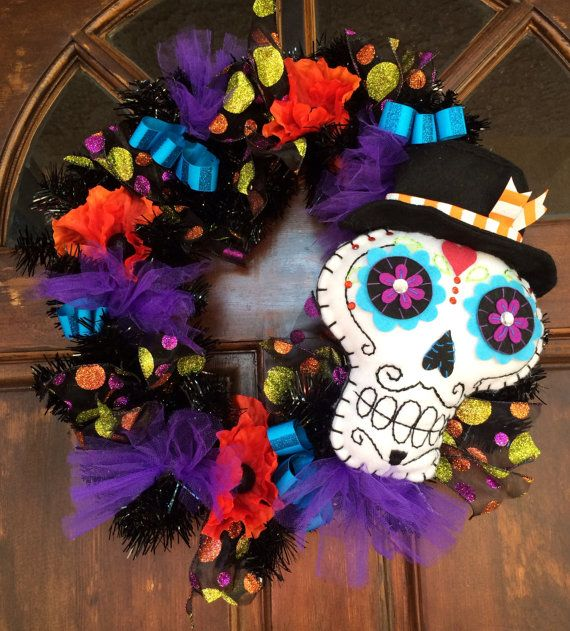DIA DE LOS MUERTOS/DAY OF THE DEAD~ Sugar Skull Wreath by TheHoboPenguin on Etsy