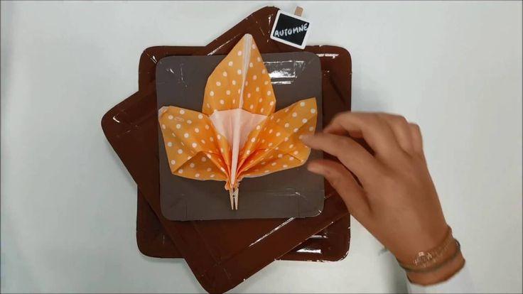 Pliage de serviette en forme de feuille pour l'automne