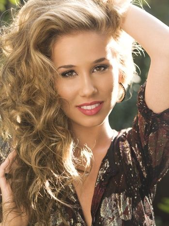 Haley Reinhart... I haven't heard one song by her that I haven't fallen in love with..