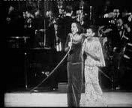 Liza Minnelli & Judy Garland - Hello Dolly (live) - YouTube This is precious <3