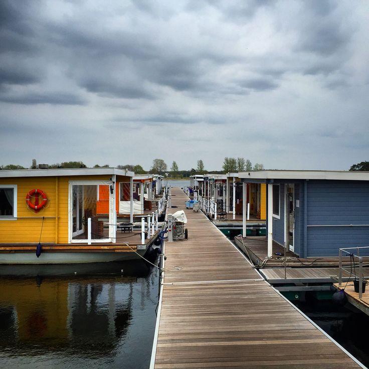 Bunbo Bungalowboote: Hausboote an Havel und Müritz. Traumhaft! Bunbo.de