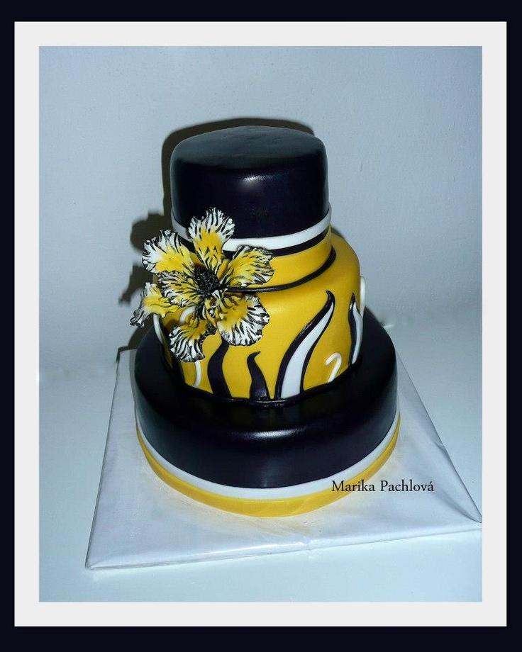 yellow-black cake