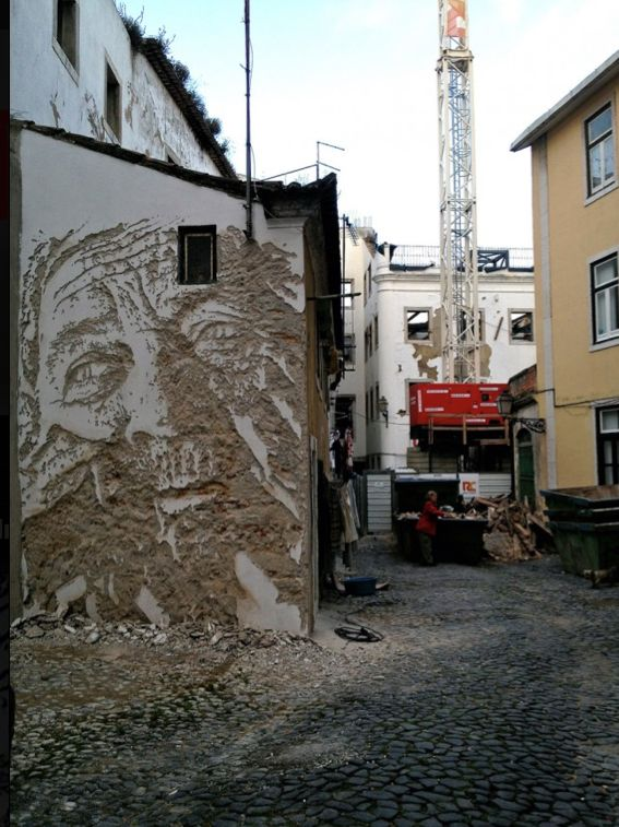 Portuguese street artist Vhils, aka Alexandre Farto http://restreet.altervista.org/la-tecnica-esplosiva-di-vhils/