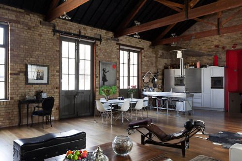 Complete with Banksy on the wall! Love it!Wareh Living, The Loft, Studios Spaces, Open Spaces, Bricks Wall, Loft Style, Loft Spaces, Exposed Brick, Expo Bricks