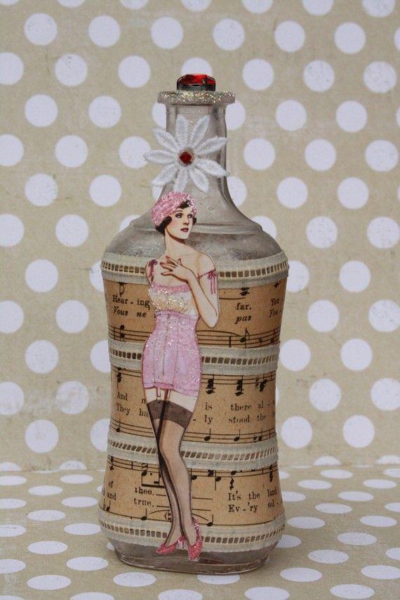 Vintage Bottle Beauty por BekahJan en Etsy, $29.00