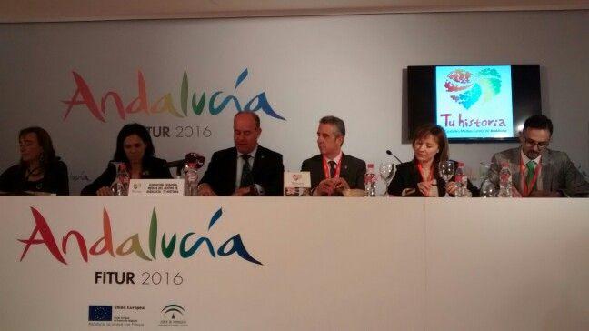 Momento de la presentacìón de las #cartasdeexperiencias de #tuhistoria #AlcalálaReal #Antequera #Lucena #Fitur2016 #AndalucíaenFitur