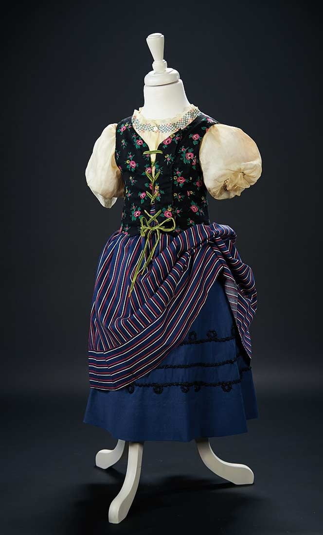 """Love, Shirley Temple, Collector's Book: 160 Country Costume Worn by Shirley Temple in the Opening Scenes of the 1937 Film """"Heidi"""""""