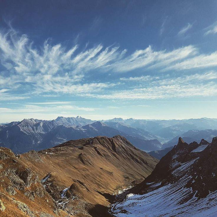 Look up in the sky. Clouds. #samwandert