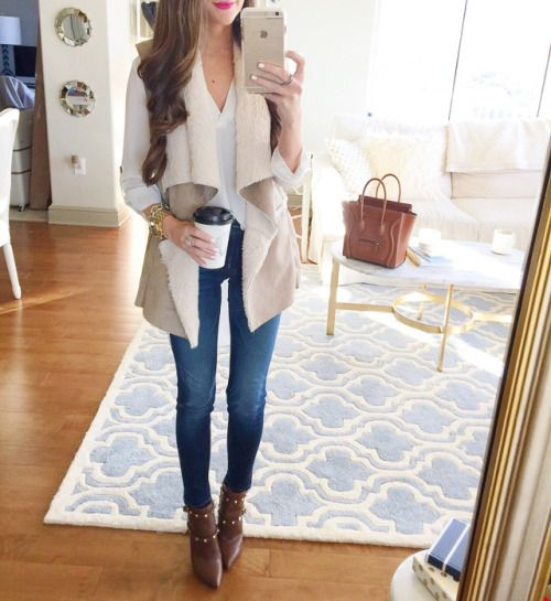 similar faux shearling vest // Hudson jeans // Lush white tunic (on sale)Valentino booties, similar/less expensive here and here