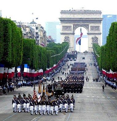 Bastille Day... July 14 - Paris et une célébration de mon anniversaire de mariage!