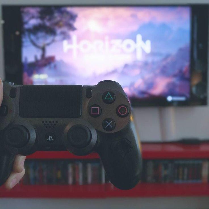 Semaine spéciale #HorizonZeroDawn sur le blog ;) #sachezle #PS4 #PS4Pro #PlayStation #Aloy #Sony #videogames #jeuxvideo #Horizon #gaming #dualshock #GuerillaGames