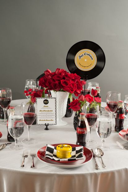 50s Wedding Theme | The Champagne Wedding Theme Tablescape Centerpiece  www.tablescapesbydesign.com https://www.facebook.com/pages/Tablescapes-By-Design/129811416695