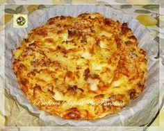 Sformato di patate con salsiccia e mozzarella, un piatto unico molto invitante, la crosticina croccante fuori ed un cuore morbido e filante.