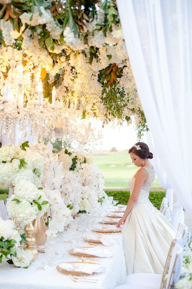 Casamento luxuoso - arranjos gigantes de flores