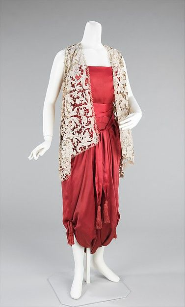 Design House: Callot Soeurs (French, active 1895–1937) Designer: Madame Marie Gerber (French) Date: ca. 1913 Culture: French Medium: silk Dimensions: Length at CB: 52 in. (132.1 cm) Credit Line: Brooklyn Museum Costume Collection at The Metropolitan Museum of Art, Gift of the Brooklyn Museum, 2009; Gift of Mercedes de Acosta, 1954