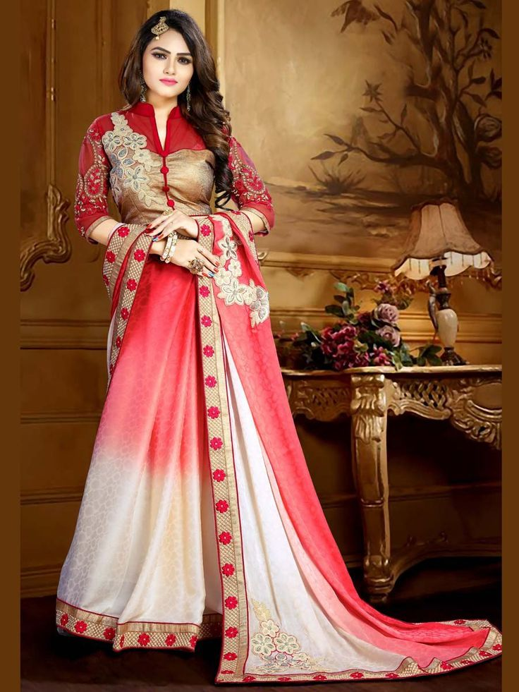 Have a gorgeous look in this highly elegant outfit.  Item code: SCT10N http://www.bharatplaza.com/new-arrivals/sarees.html
