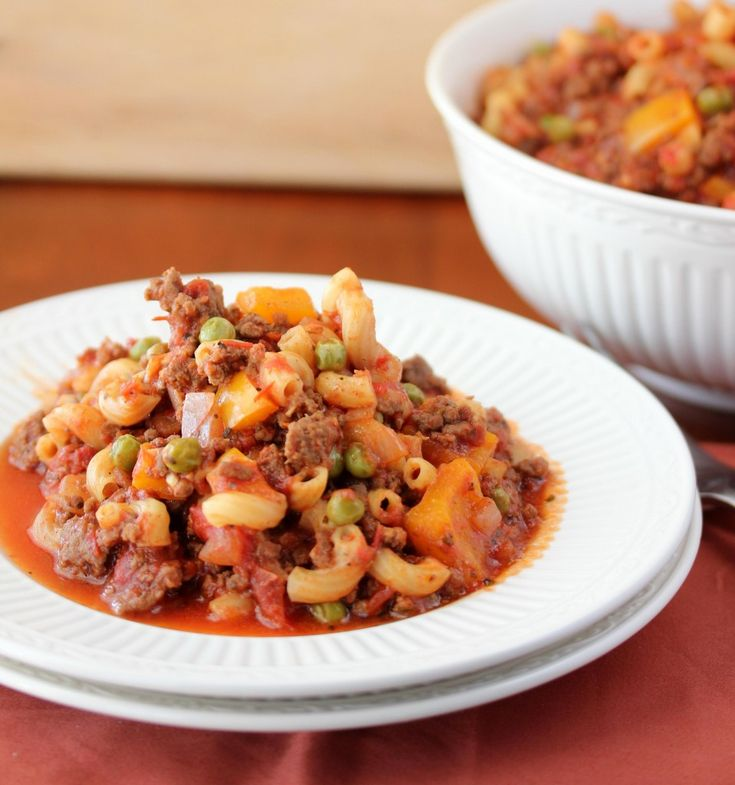 Old Fashioned GoulashOld Fashion Goulash, Maine Dishes, Lisasdinnertimedish Com Pasta, Baking Dinner, Lisa Dinnertime, Pasta Recipe, Goulash Food, Food Recipe, Dinnertime Dishes