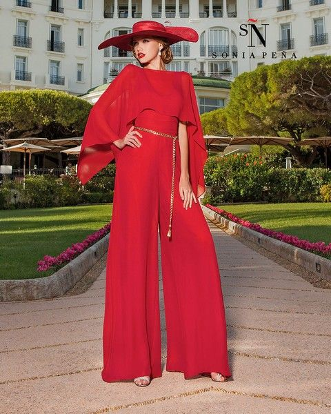 Červený overal svadobný salón valery, spoločenské šaty, šaty na ples, šaty na stužkovú, šaty na svadbu, popolnočné šaty, požičovňa šiat