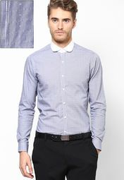 It's time to update your formal wear collection with this blue coloured shirt from United Colors of Benetton. Featuring a contrast coloured collar and dobby pattern, this shirt is worth investing in. Made from cotton, this slim-fit shirt is comfortable to wear all day long. Wear this full-sleeved shirt with a pair of trousers and dress shoes to look perfect.