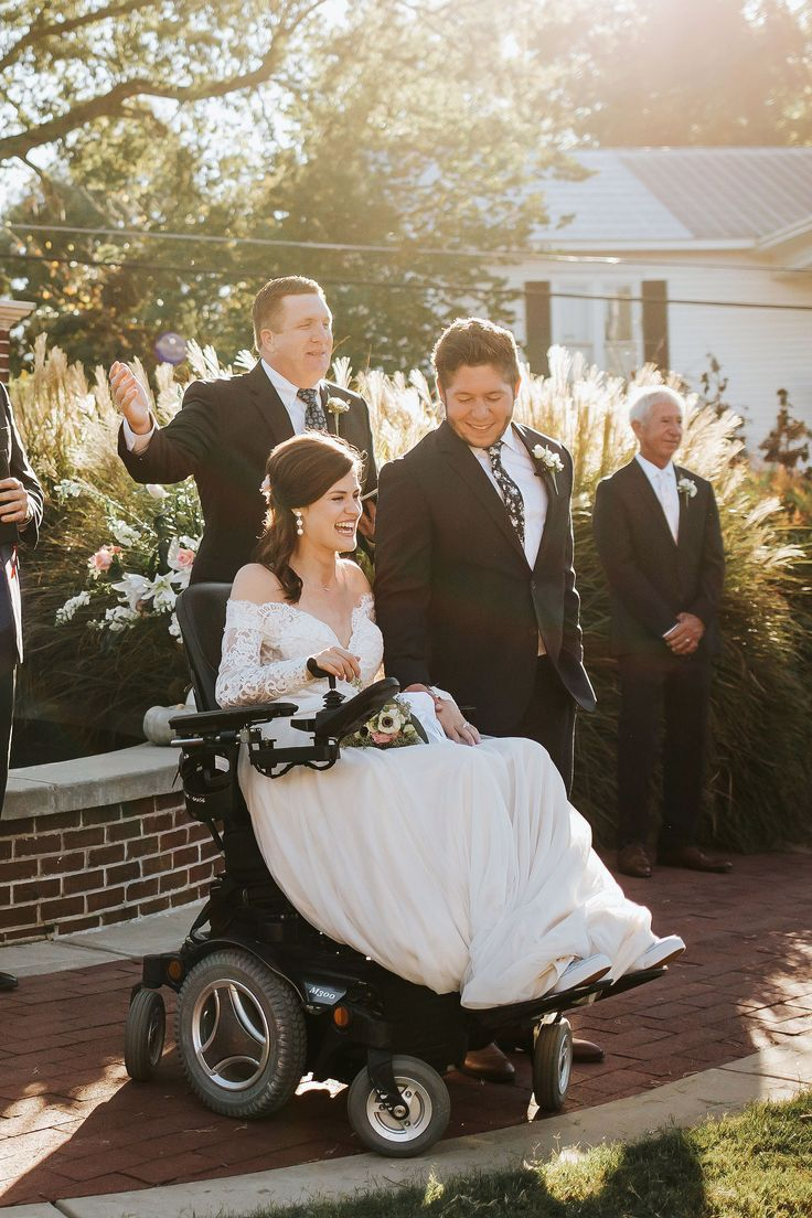 Quadriplegic Bride Uses Wedding as Motivation