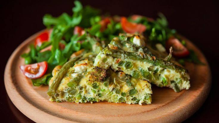 Garlic mushroom and goat's cheese frittata
