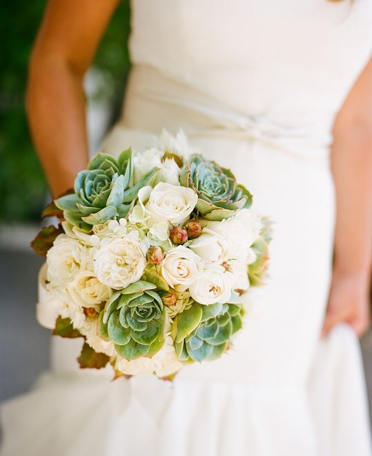 Beautiful succulents in a wedding bouquet | Geoff Johnson Photographer