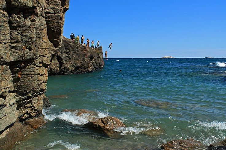 Best Kept Secrets: Marquette, MI. Love it here. Going here this summer! cliff jump at Black Rocks