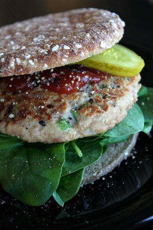 Simple Canned Tuna Burger  1 7oz can of chunk tuna packed in water drained (some liquid ok)  1 egg  1/2 cup old fashioned oats (40g) ground up in a blender or food processor  About 1/3 cup of finely chopped bell pepper  About 1/4 cup finely chopped onion  A large clove of garlic minced  1 tbsp lemon juice  1/4 tsp celery salt  pinch of fresh ground black pepper