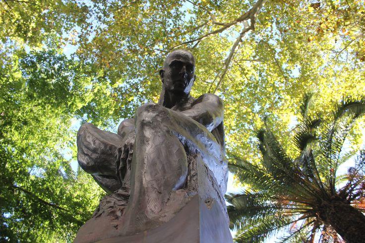 Guardião I - Escultura de Rogério Timóteo