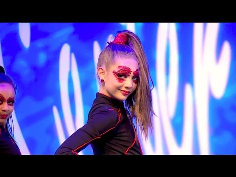 FULL Group Dance 'Beautiful Bizarre' | Dance Moms Season 5 Episode 2 - YouTube