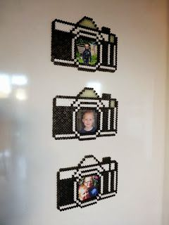 Photo frame photo camera made by Glittertjes - tutorial  #hamabeads #hama #strijkkralen