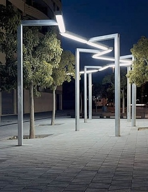 contemporary lamp post