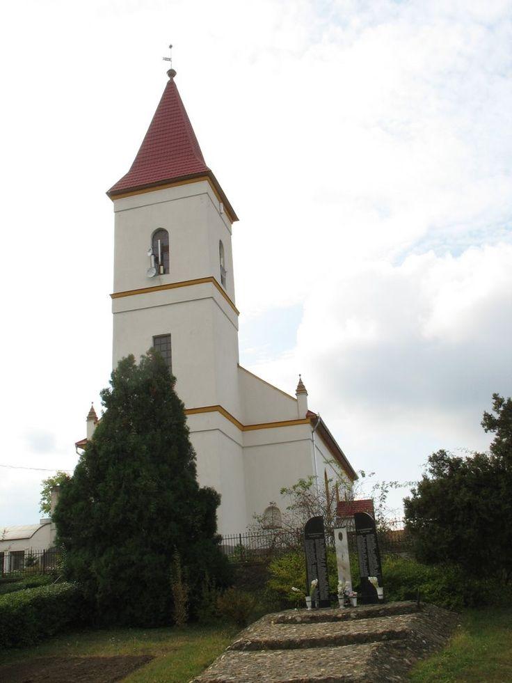 Tiszaeszlár - református templom