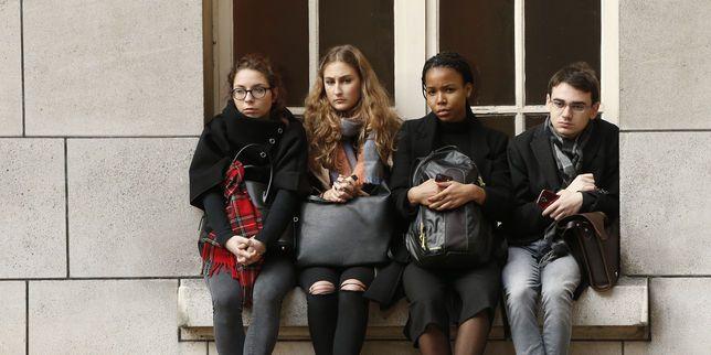Après les attentats, des permanences pour l'accueil psychologique des étudiants Check more at http://info.webissimo.biz/apres-les-attentats-des-permanences-pour-laccueil-psychologique-des-etudiants/