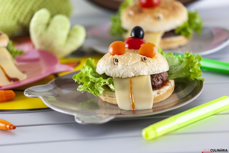Mini hambúrgueres divertidos