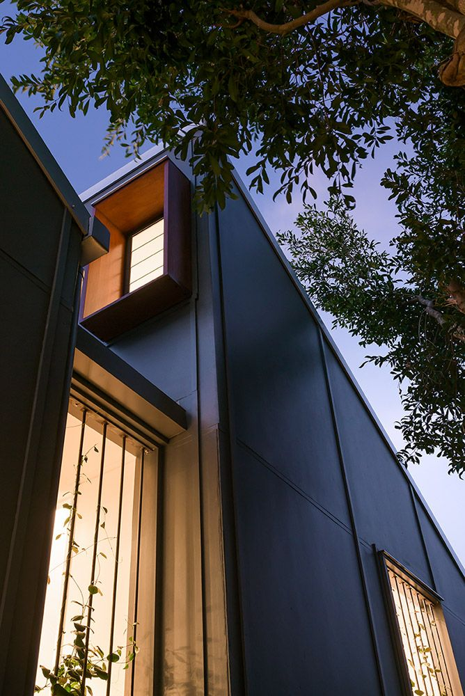 East Brisbane Renovation | External Cladding + Louvre Windows | Queensland Australia | Smith Architects