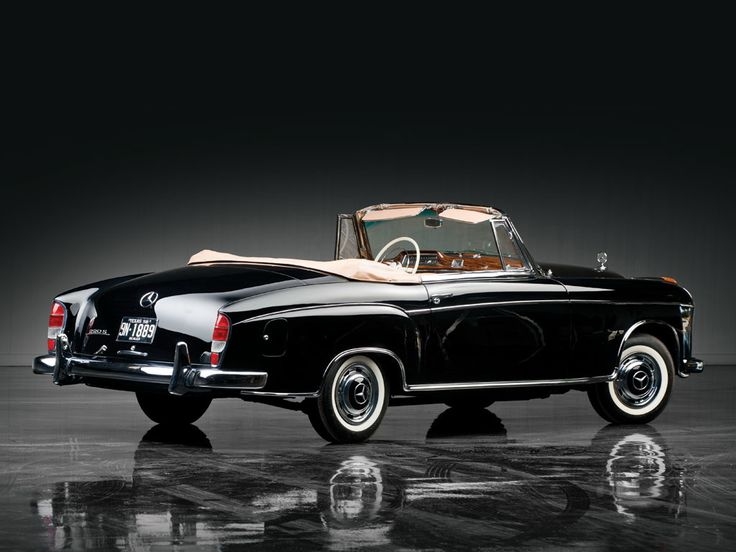 1956–59 Mercedes-Benz 220 S Cabrio (W180 II)
