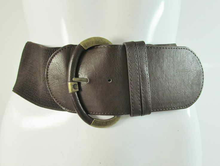 Brown wide elasticated belt with feature large brass tone buckle M/L R12789
