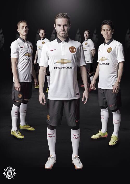 Here at #mufc we like to travel in style. The 2014/15 away kit continues that tradition. #MUFCkit