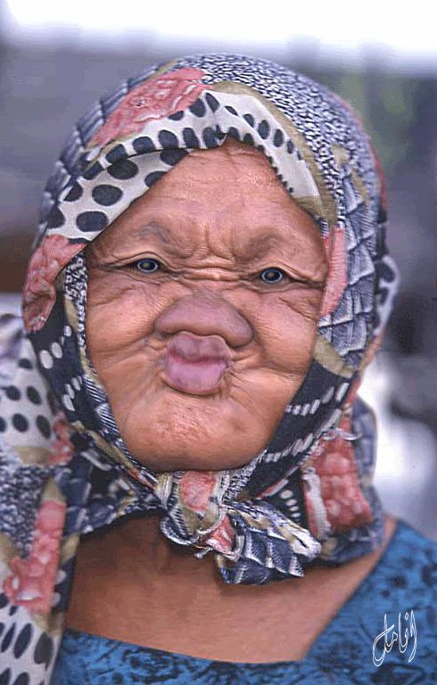 Girls be like...duck face...