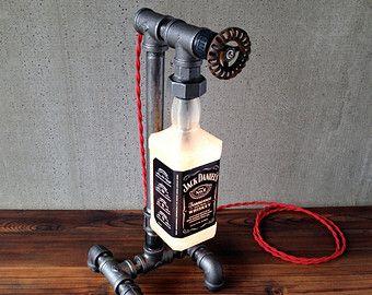 Lampe de Vodka cristal tête tête de mort par newwineoldbottles