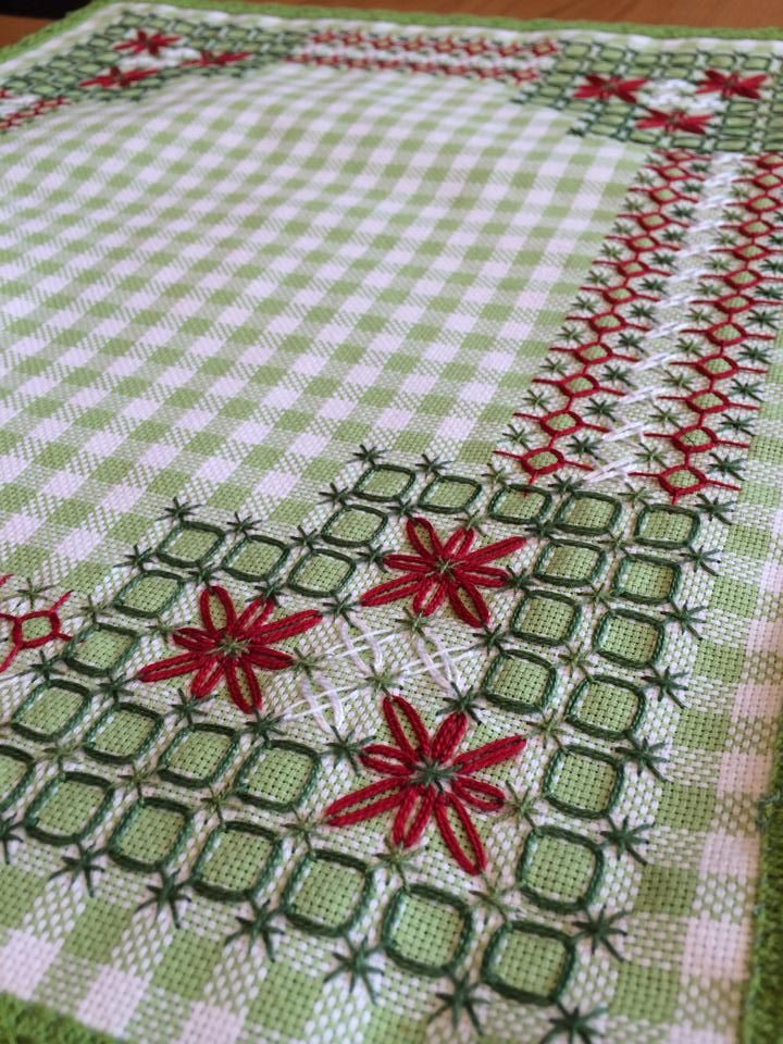 .Broderie Suisse / Swiss Embroidery / Chicken Scratch - Christmas pattern done as a table runner or placemat - could also be done in other colors and would still be pretty