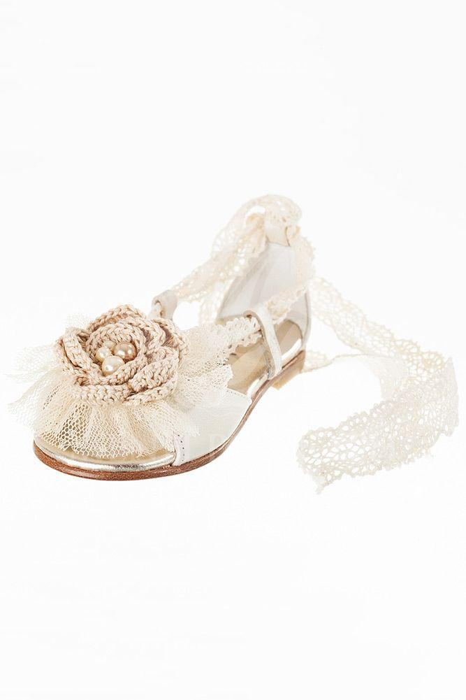 Παπούτσι βάτισης περπατήματος για κορίτσι δερμάτινο πέδιλο με λουλούδι