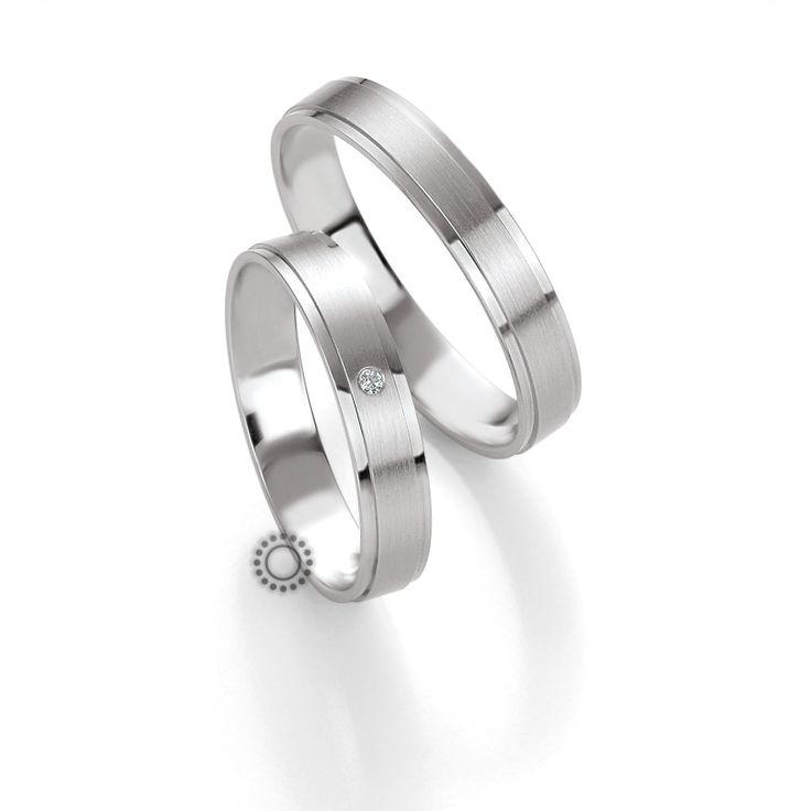 Βέρες γάμου BENZ 017 & 018 - Επίπεδες αλλά ανατομικές λευκόχρυσες βέρες Benz λιτού σχεδιασμού | Βέρες ΤΣΑΛΔΑΡΗΣ στο Χαλάνδρι #βέρες #βερες #γάμου