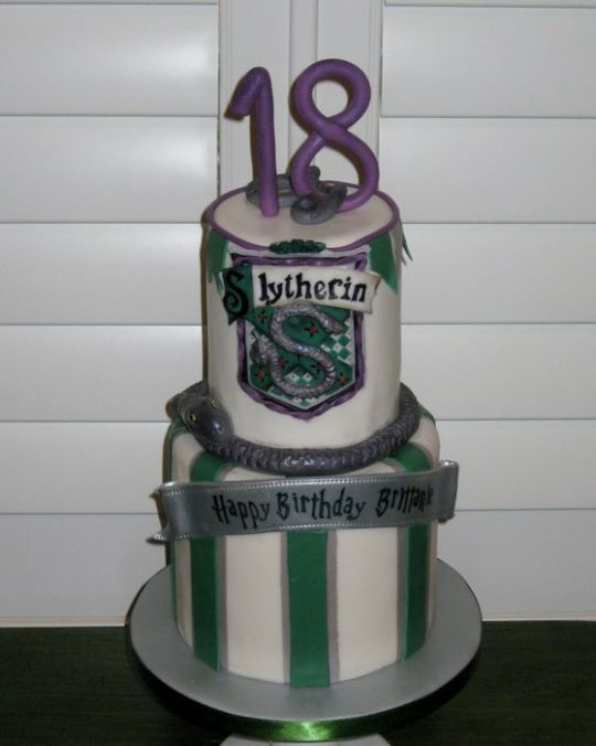 Slytherin Birthday Cake Cakesdecor Cake Pinterest