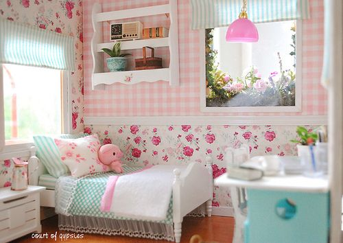 Roombox for Lati Yellow in pink gingham, floral, and aqua